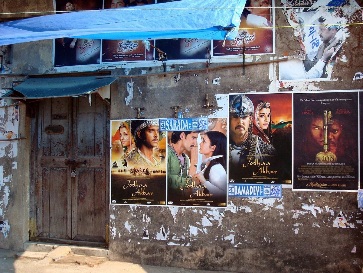 bollywood-posters-post...bollywood-995224